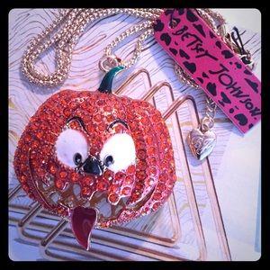 Betsey Johnson Halloween Pumpkin Spice Necklace